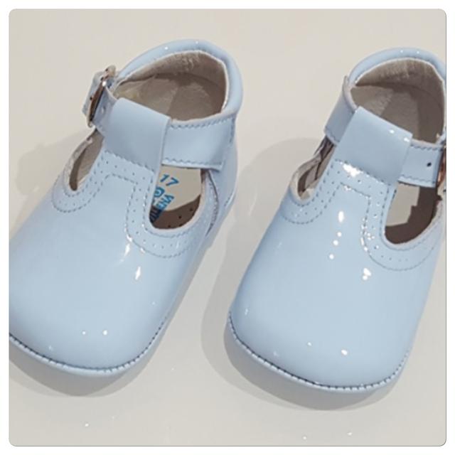 Boys Patent Pram Shoes – rubysbowtique